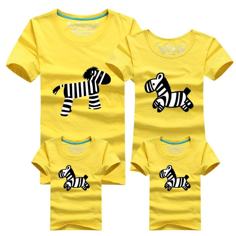 1Pcs Family Matching Outfits T-shirt Cloth For mother father baby Summer family clothes mother father daughter son Clothing
