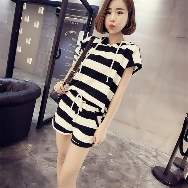 2016 New College Wind Hooded Striped Short - Sleeved T - Shirt Department Bandwidth + Pants Two - Piece Suit