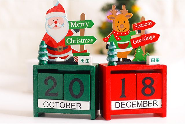 2017 new style Small mini wooden dates for Christmas Decoration Creative Gifts Wooden calendars decorated with ornaments