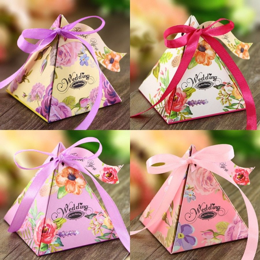 50Pcs Purple Pink White Yellow Triangular Pyramid Floral Wedding Favors Candy Boxes Bomboniera Chocolate Boxes Party Gift Box