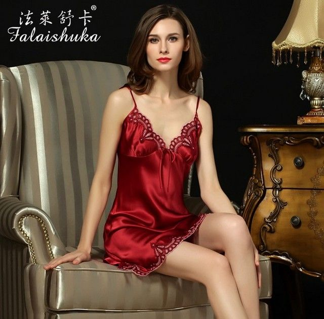2016 New Sexy Women's Clothing Natural Silk nightgown Real Silk Sleep Sweet Girl Condole Belt Nightgown
