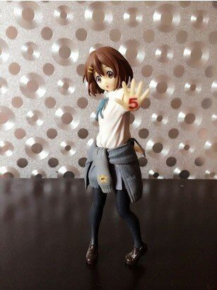 Japanese anime figure 18CM K-ON 5th Anniversary Hirasawa Yui action figure kids toys for boys girls