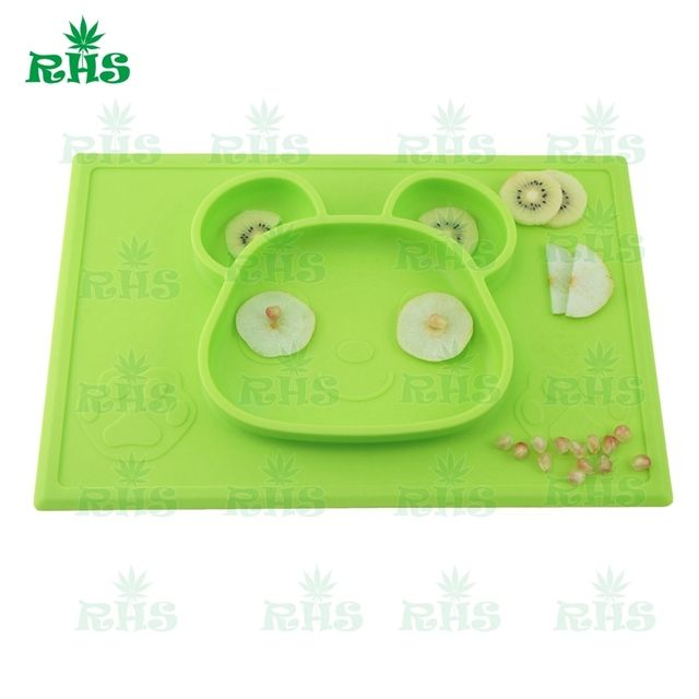 Self Suction Food Grade Silicone Baby Placemat Plate--One Piece New Panda Design Kids Baby Plate Set with Luxury Package Gift