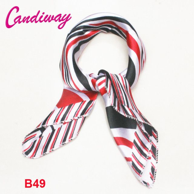2017 New Arrival Luxury Brand 100% Silk Woman Scarf Small Square Scarves Silk Scarf Women Satin Bandana Neck Foulard Wraps Hijab