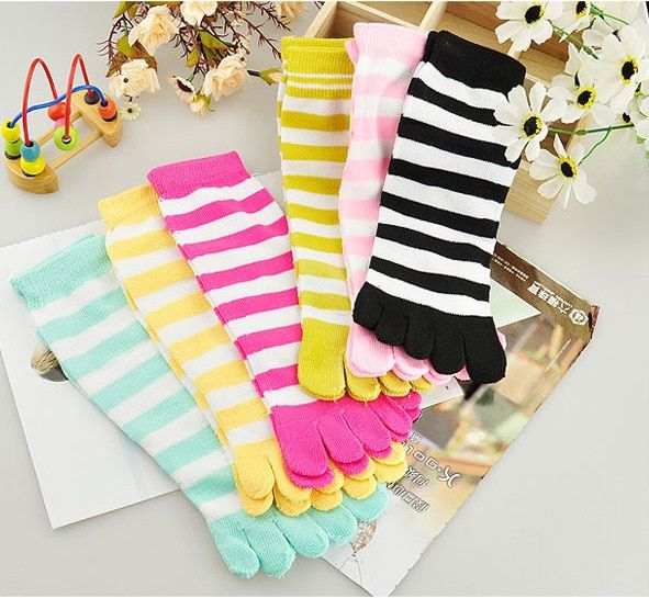 Bright Colors Fashion Design Girls Women's Socks Stripe Solid Pattern Quality Autumn Winter Warm Media Toe Sock Free Shipping