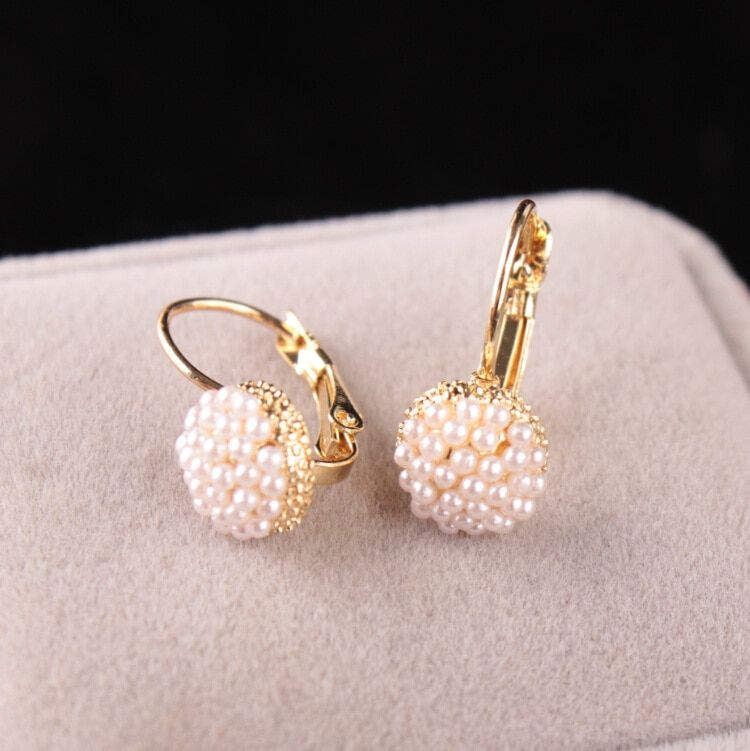Hot Sale Lovely Wedding Ear Cuff Gold Color Round Imitation Pearl Beads Stud Earrings for Women Girls Piercing Jewelry
