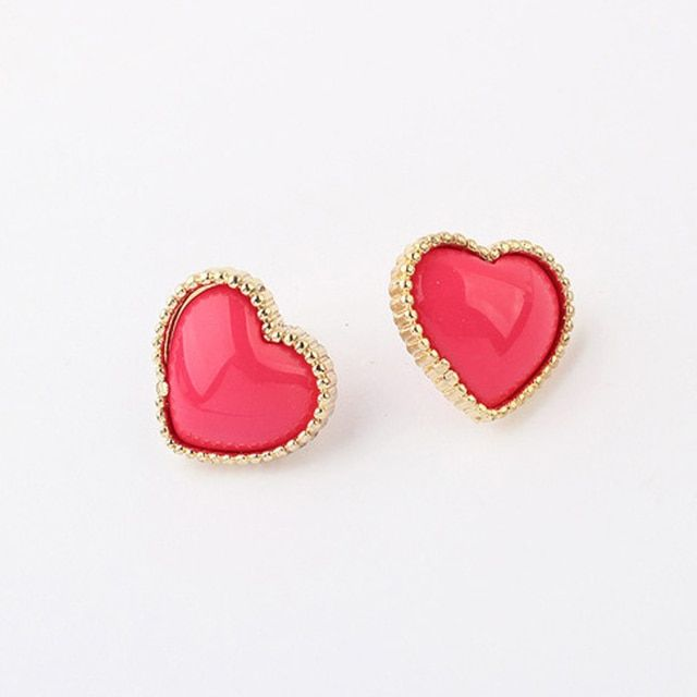 2017 New Korean cute lady sweet heart earrings wholesale Korean fashion color ear stud