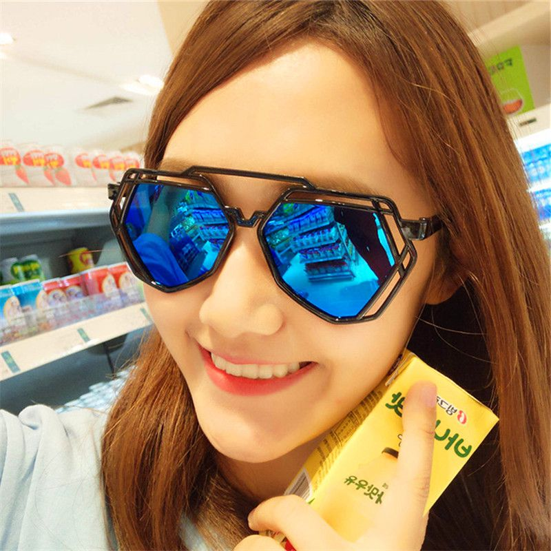 Fashionable Ladies Sunglasses Women Classic Retro Luxury 2018 Brand Men's Glasses Summer Goggles Sunglasses Oculos de sol Uv400