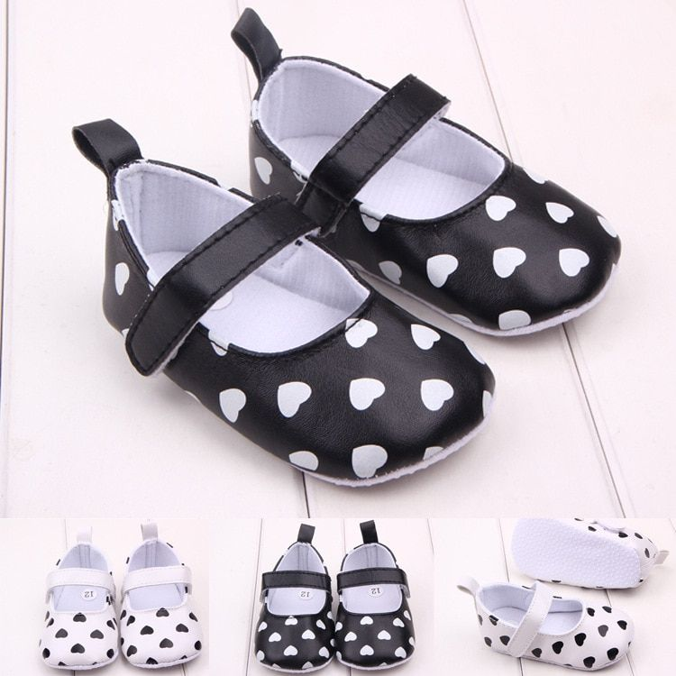New Fashion Lovely Heart Baby Girls Princess Shoes Infant bebe Sapatos Toddler Antiskid First Walkers Shoes