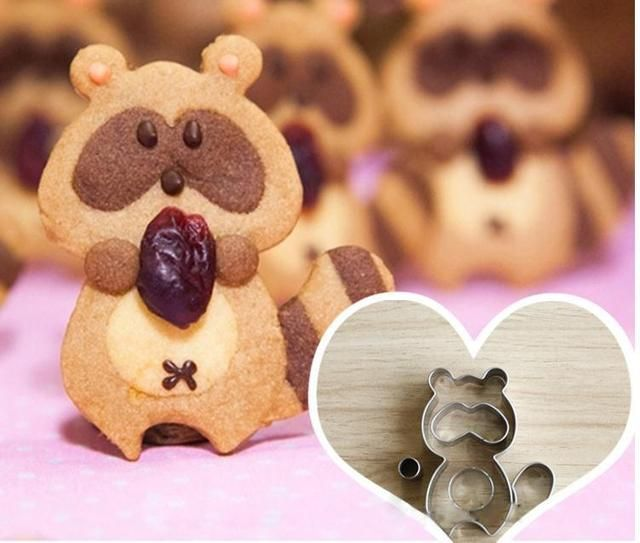 1set Animal Procyon Lotor Cookie Cutter Metal Biscuit Mold Stainless Steel DIY Dessert Maker