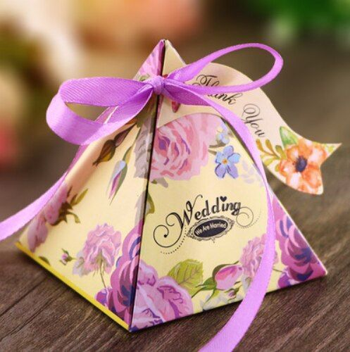 100Pcs Purple Pink White Yellow  Chocolate Boxes Party Gift Box Triangular Pyramid Floral Wedding Favors Candy Boxes Bomboniera
