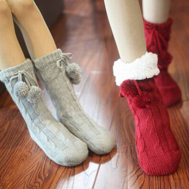 High quality Winter Christmas socks adult floor socks thickening women's slip-resistant thermal cartoon gift knitted wool socks