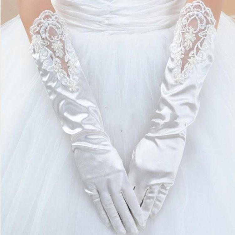 2016 Free Size Beautiful White Satin Lace Hem Finger Bridal Gloves In Stock Wedding  Accessories