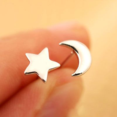 New Designer Personalized Sweet Star And Moon Shape Stud Earrings Silver Jewelry Pendientes Plata For Women