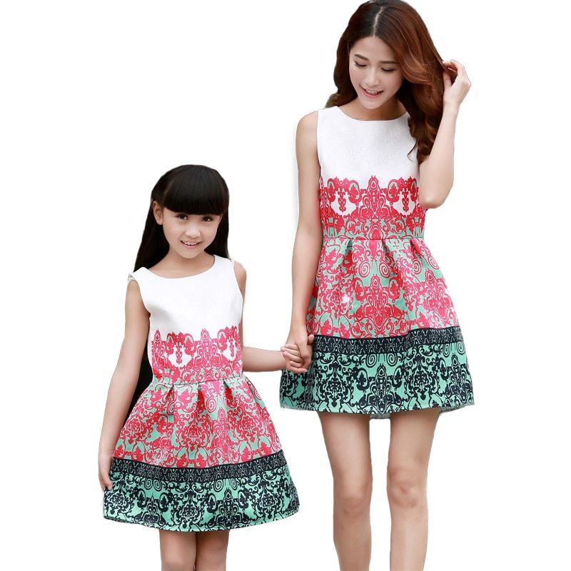 2017 Summer Style Mother Daughter Dresses Family Cotton Flower Print Sleeveless Clothes Family Matching Outfit Family Look