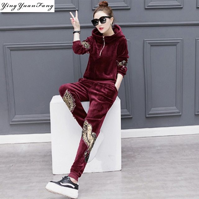 YingYuanFang Fashion new autumn and winter gold velvet movement plus velvet embroidered leisure lady suits