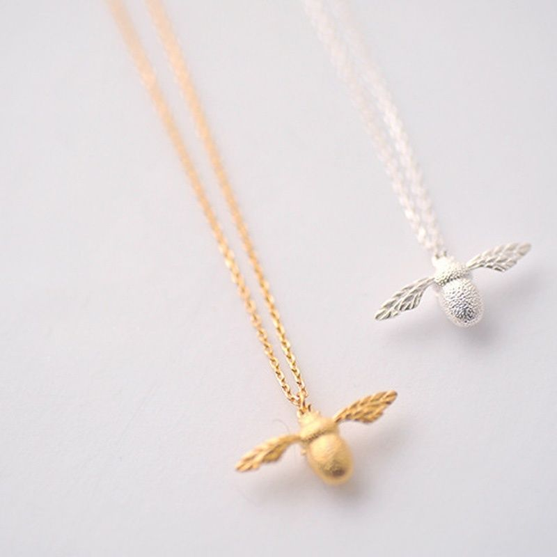 1PC Bee Necklace Fashion New High Quality Cute Fine Jewelry Silver Gold Color Honey Bee Pendant Necklace For Women Popular