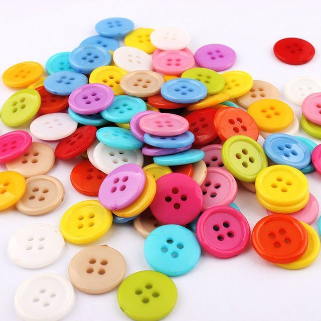100pcs4 Holes Buttons  Mixed Round Resin Sewing Buttons for Scrapbooking craft Fashion Accessories