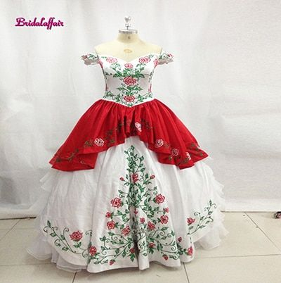 White Red Embroidery Quinceanera Dresses 2018 Ball Gown Off Shoulder Ruffles Organza Appliques Sweet 16 Dress Vestido De 15 Anos