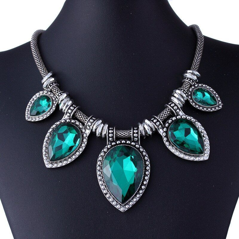 Fashion Green Chokers Necklaces For Women Silver-Color Choker Chain Statement Necklace Luxury Crystal Pendant Collier Femme
