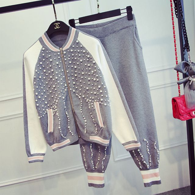 2017 Top Fashion Polyester Blends Full Zipper Beading Tracksuits The New Women's Pearl Sweater Coat Pants Suit Fashion Girl