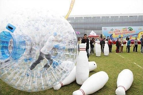 Inflatable human bowling game, zorb ball for bowling, outdoor human 2m bowling sport