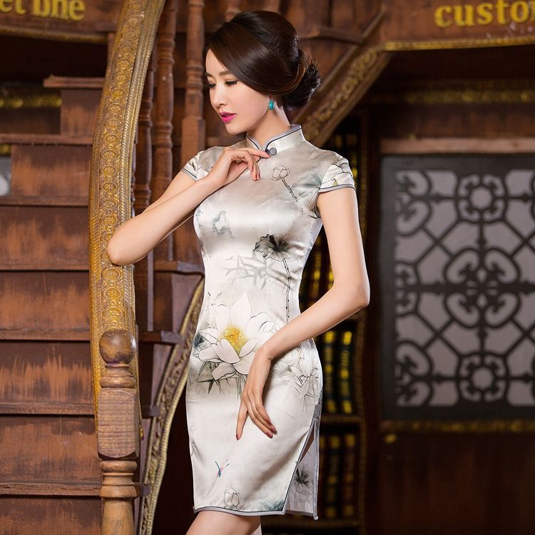Vintage Silk Dress Women Short Sleeve Beige Cheongsam Dress Plus Size 3XL Chinese Traditional Dress Mandarin Collar Short Qipao