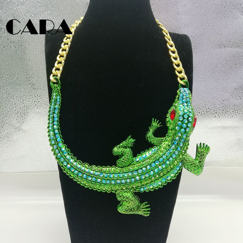 2019 new  Women Big Choker Statement Necklaces Green Rhinestones Crocodile Necklace Gold Chain Jewelry Crystal Necklace CAHS0007