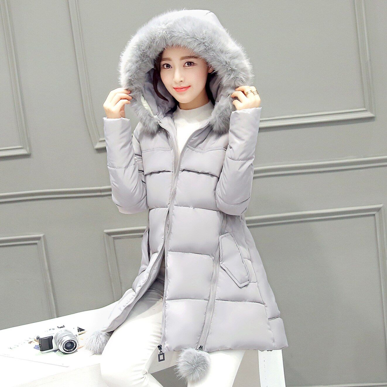 2016 Womens winter parka with fur hood solid color women's cotton coat long female padded jacket and coats women down coat