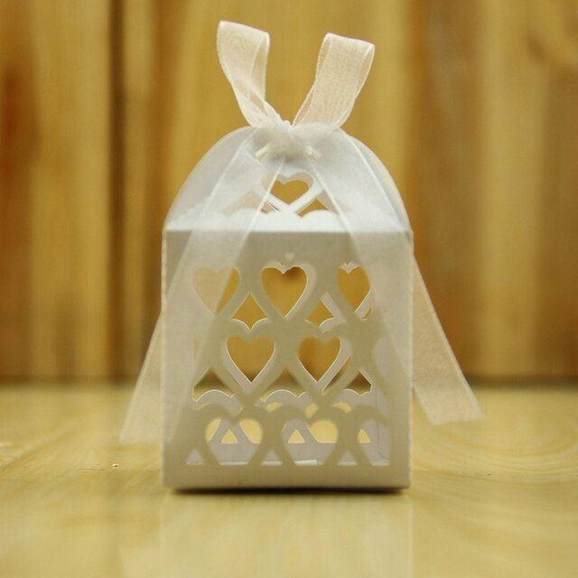 50PCS Wedding party Ivory White Laser Cut Hollow Out Candy Box with Ribbon Chocolate Paper Packaging presentation box For Gift