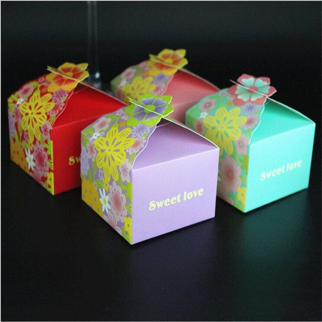50Pcs 4 Colors Wedding Decoration Candy Favors Gift Box Wedding Candy Box Wedding Invitations Sweet Love Baby Shower Favors Box