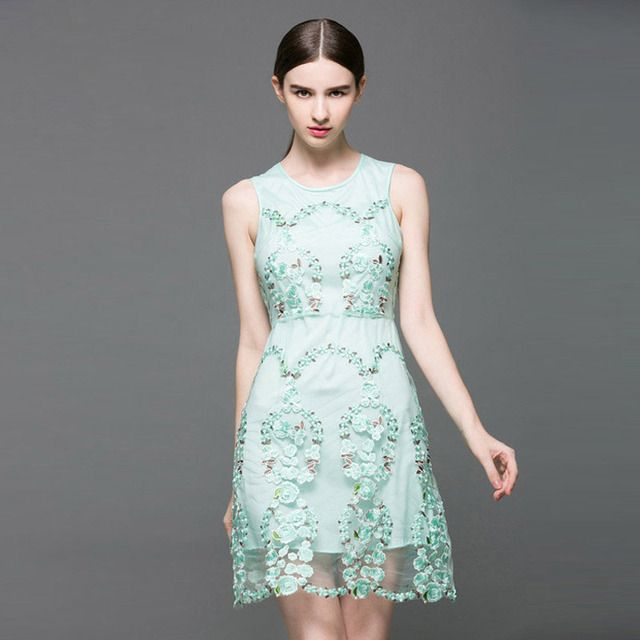 High-end vintage embroidery short embroidered dresses summer new sleeveless elegant floral sexy lady slim floral party dress