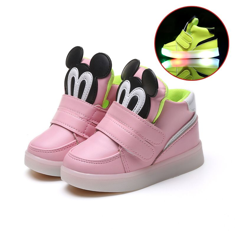 Children Shoes With Light Led Boys Sneakers 2017 New Spring Cartoon Lighted Sport Fashion Girls Shoes Chaussure Led Enfant