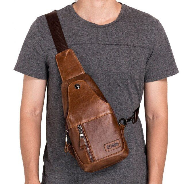 High Quality Men Vintage Genuine Leather Cowhide Travel Sling Chest Pack Back Riding Casual Messenger Single Shoulder Bag