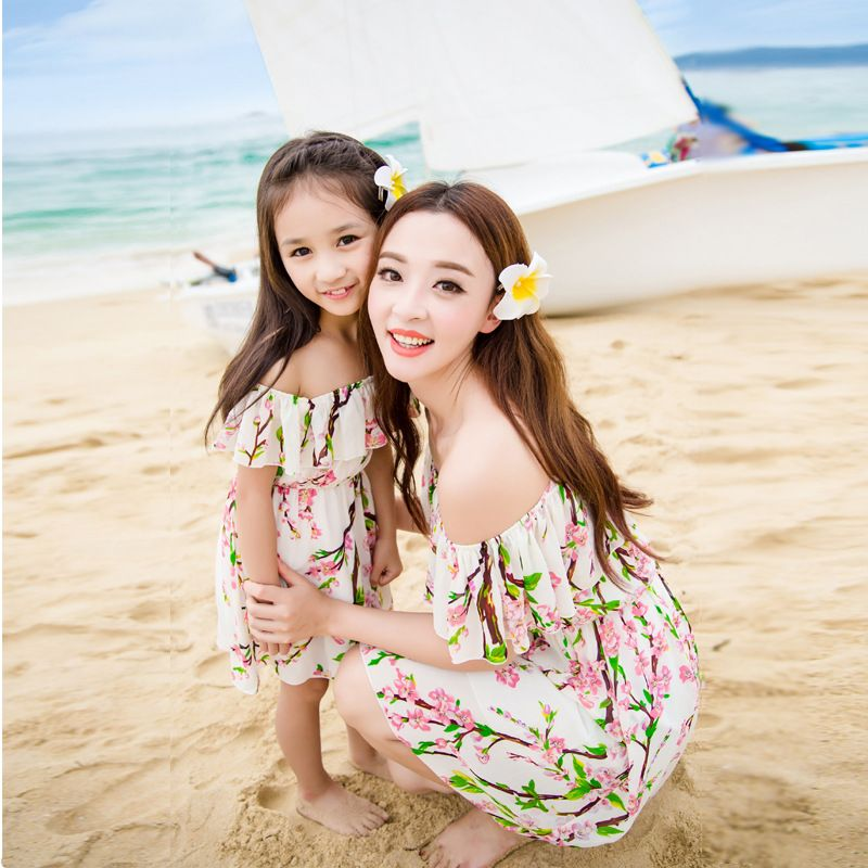 Mother daughter dresses 2016 summer and Bohemian beach dress fashion matching family clothes sweet floral chiffon dress