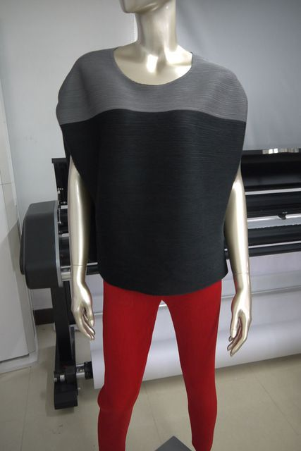 FREE SHIPPING Miyake pleated short-sleeve o-neck patchwork color block female T-shirt IN STOCK