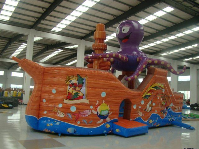 china inflatable bouncing castles