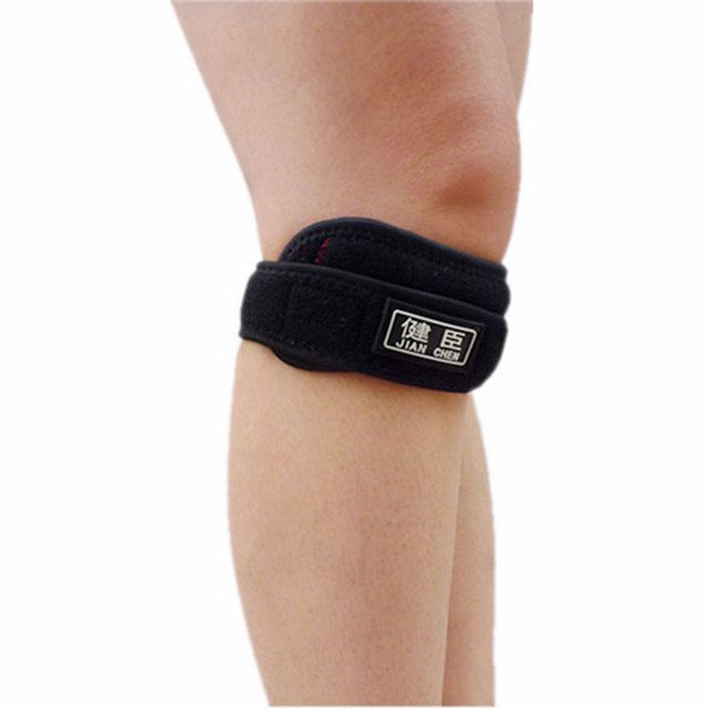 Patella Jumpers Knee Strap Support, Pain Relief Pad for Running, Hiking, Soccer, Basketball, Volleyball & Squats - Adjustable