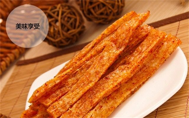 10 packs Chinese Special Spicy Snack Food Wei Long La Tiao Weilong Latiao 128g*10 Pack