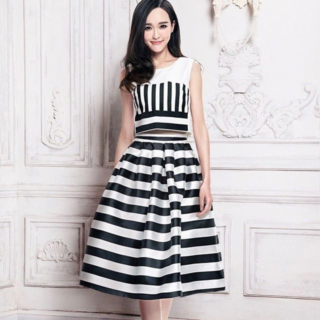 Women Colthing 2015 Fashion Sleeveless Blouse + Mid-Calf Striped Print Skirt Hot Sale Summer 2 Piece Dress