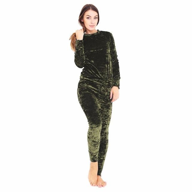 2017 Autumn Winter Slim Women Two piece Set Velvet Tracksuit Shining Sweat Suits Women Long Sleeve Tops and Pants Chandal mujer
