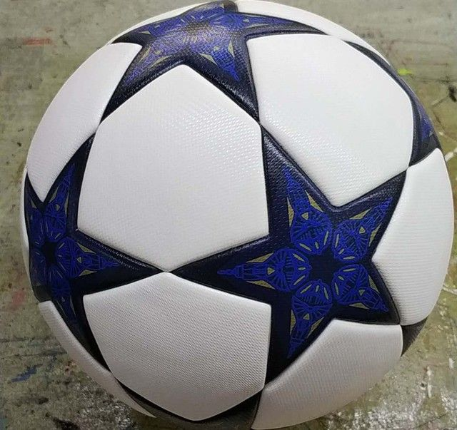 Hot Sale 2017 Champion League Soccer Ball Soccer Ball Football TPU Granules Slip-resistant Size 5 Match Trainning Balls