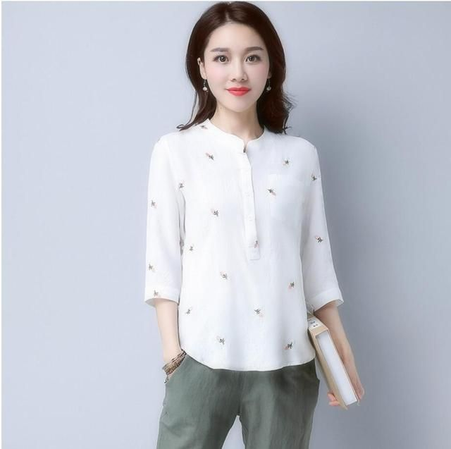 FFTAIQI new cotton linen slim summer embroidery flowers woman tee top casual fashion buttons Three Quarter sleeve women T-shirt