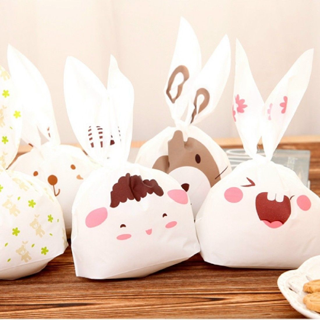 20pcs/lot Cute Rabbit Ear Cookie Bags Candy Biscuit Packaging Bag Wedding Candy Gift Bags party Supplies Send Random