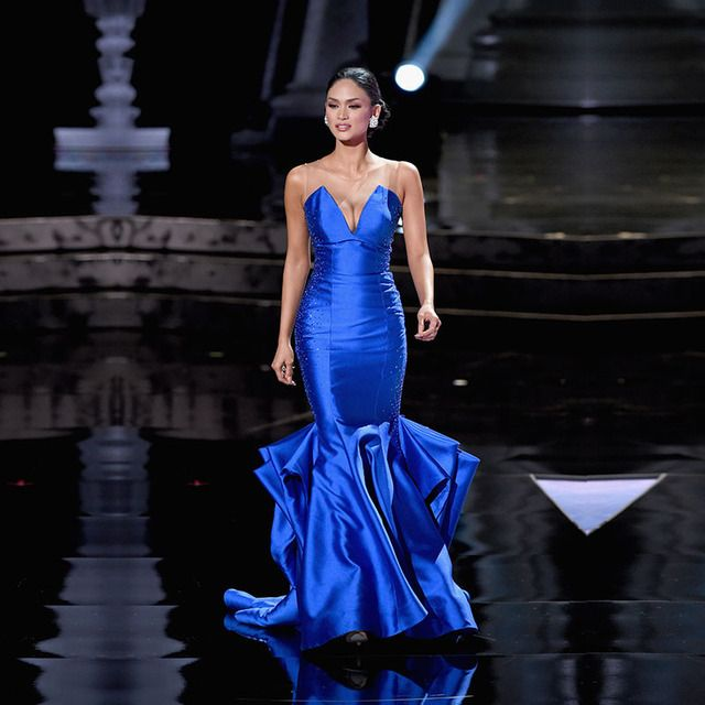 Fashion Long Celebrity Dresses Mermaid Red Carpet Dress Royal Blue Stain Sequins Zipper Back Beauty Pageant Beaded Gown 2017