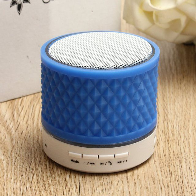 Universal LED Flashing Light Mini Bluetooth Wireless Speaker Super Bass Stereo Sound Noise Reduction Loundspeaker