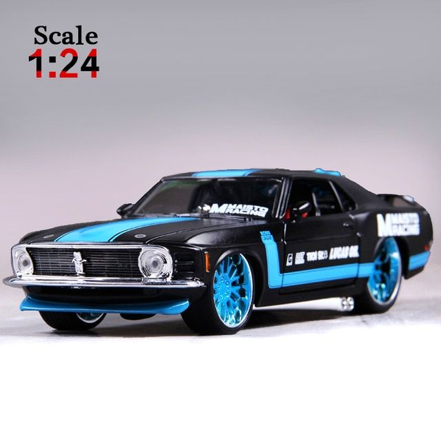 Maisto 1970 Ford Mustang Boss 302 1:24 Alloy Car Model Diecasts & Toy Vehicles Collection Kids Toys Gift
