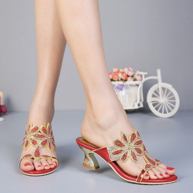Summer shoes woman rhinestone zapatos mujer high quality high heels superstar shoes flower sandals women sapato feminino
