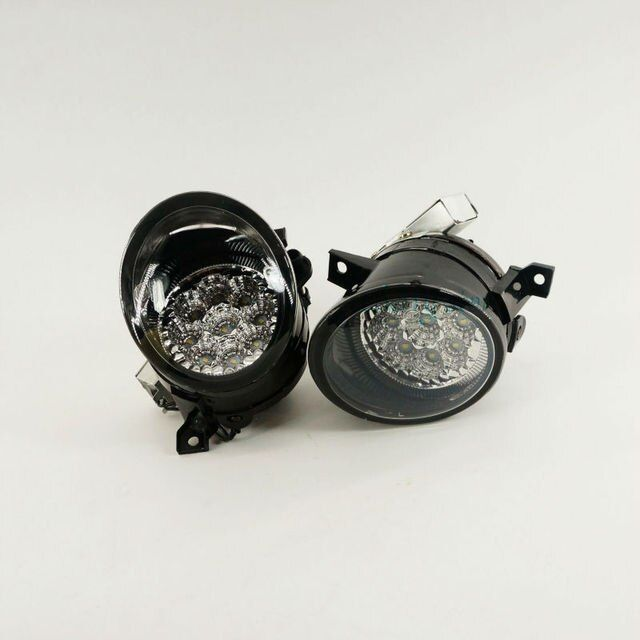 One Pair Of Front Clean LED Fog Light Lamp For VW Golf Jetta MK5 Rabbit Sciocco Seat 1K0 941 699  / 1K0 941 700