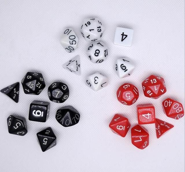 7Pcs/Set Dungeons & Dragons Board Game Dice Set RPG Game Dice D&D Colorful Multicolor Dice DND Calculator Dice